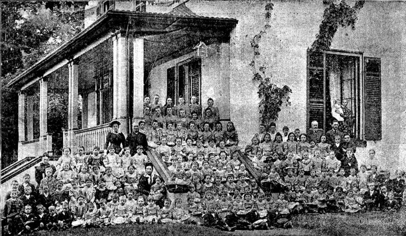 Photo of Fairknowe House, Brockville in 1895