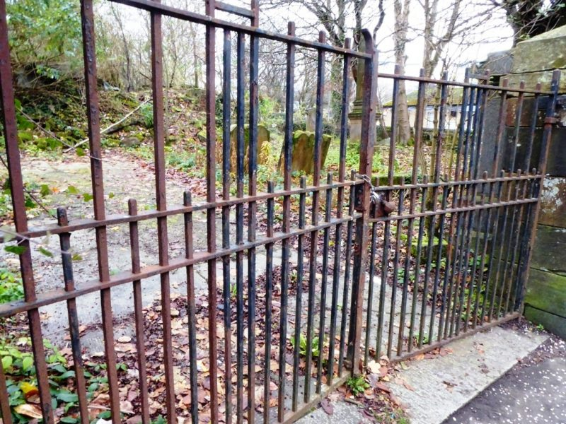 Maryhill Graveyard Gates